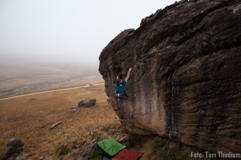 "Tom beim Fa von ""room for a night please"" 6c"
