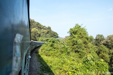 Zugfahrt nach Hampi
